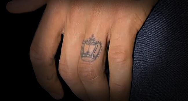 ネイマール左薬指のタトゥー