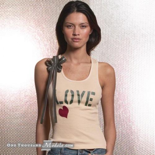 日系ブラジル人モデル アリーネナカシマ