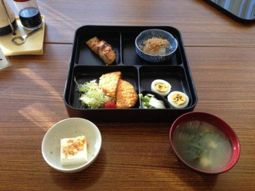 佐渡島ツーリング ロハスの館こがね荘の朝食