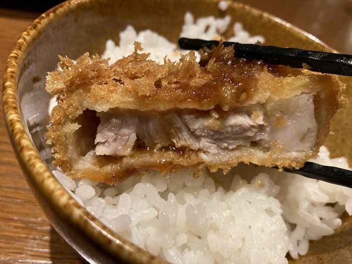 赤坂 亜雲とんかつ定食2